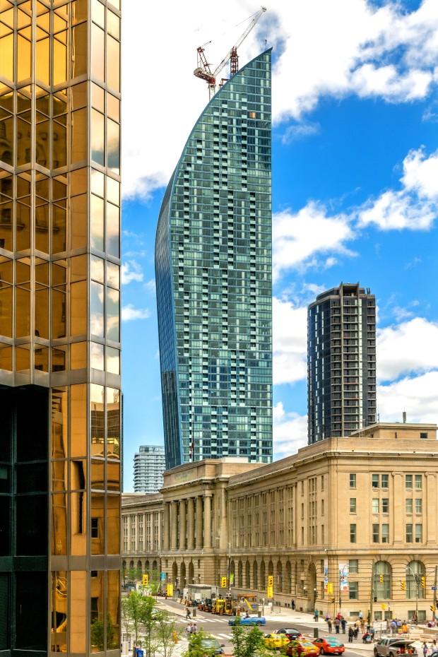 Toronto-215LTowerEd
